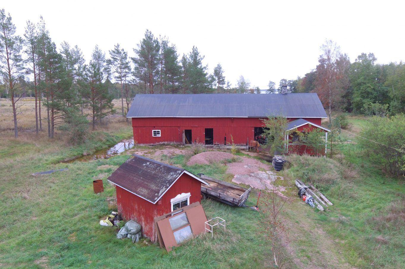 Bostadshus med ladugård i Flaka, Lemland