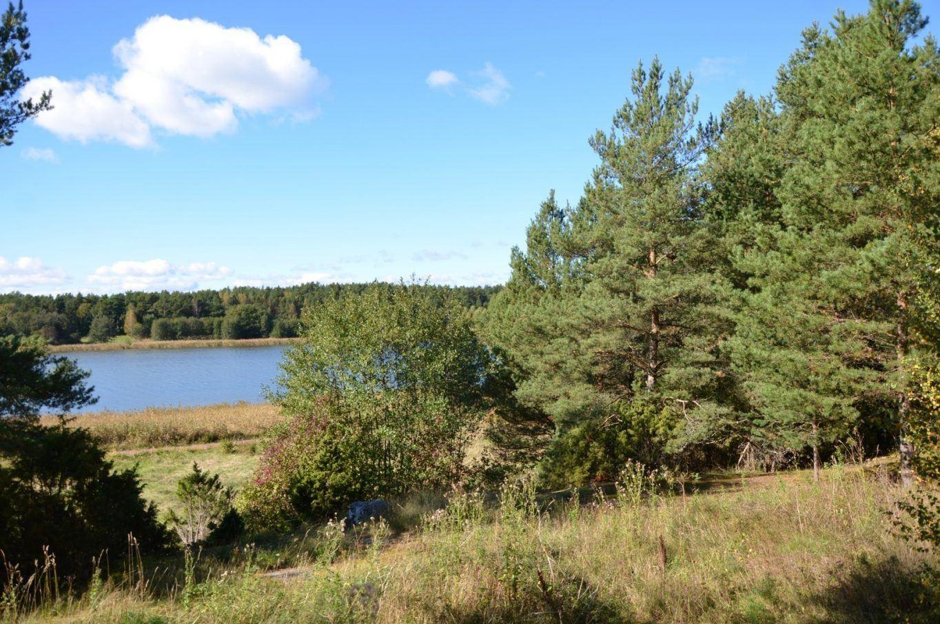 Radhustomt med naturskönt läge i Klemetsby, Lumparland.