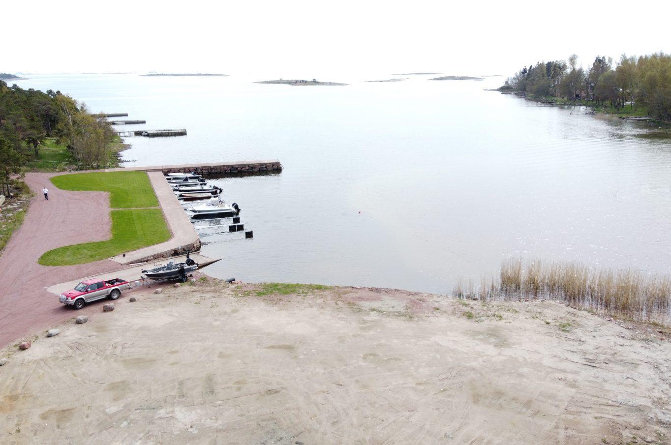 Bostadshus med båtplats i Kungsö, Jomala