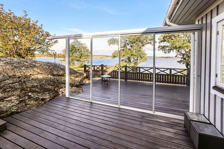 Bostadshus med fint strandläge i Torsholma, Brändö.